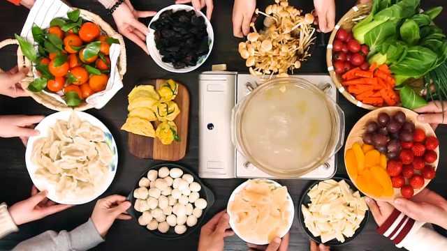冬天有这个暖锅,比男朋友更管用!