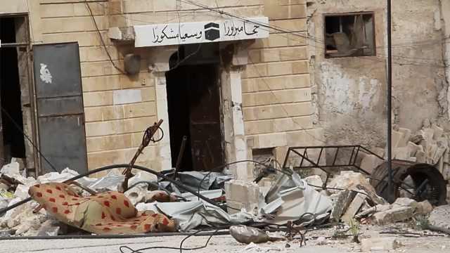 战地实拍:库尔德武装边境山地开火