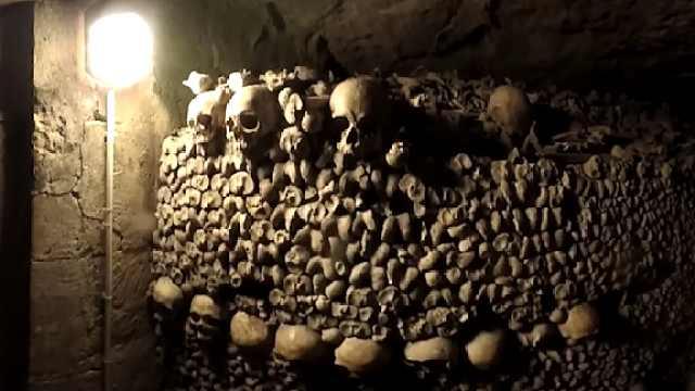 探访巴黎地下公墓,600万尸骨葬于此