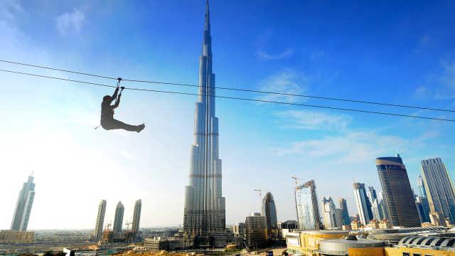 直播:索道80km/h,飞越迪拜最高楼