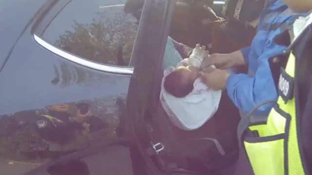 异物缠紧大拇指,16天大幼童险断指