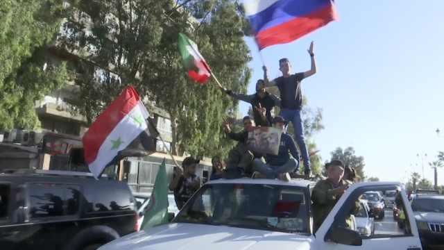 叙政府发总统上班视频,民众庆祝