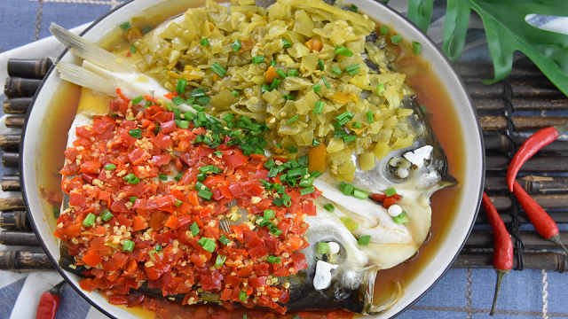 双椒鱼头,脂肪含量低,营养丰富!