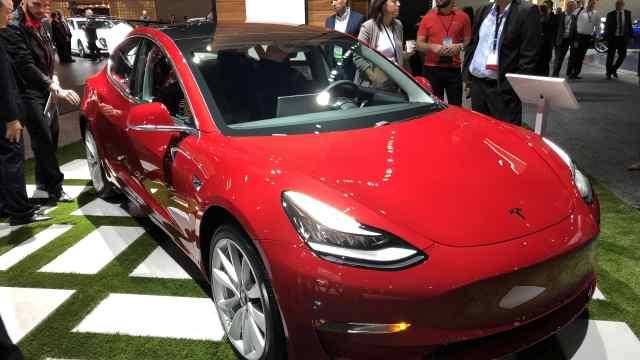 Model 3终于来了  不过有个坏消息.