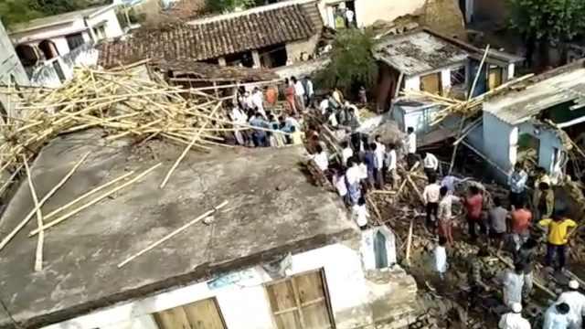 狂风暴雨再袭印度,已致50多人遇难