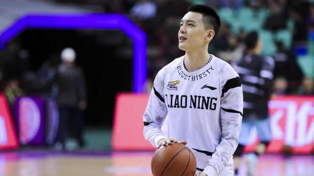 中国篮坛最帅队长520告白:一生一队