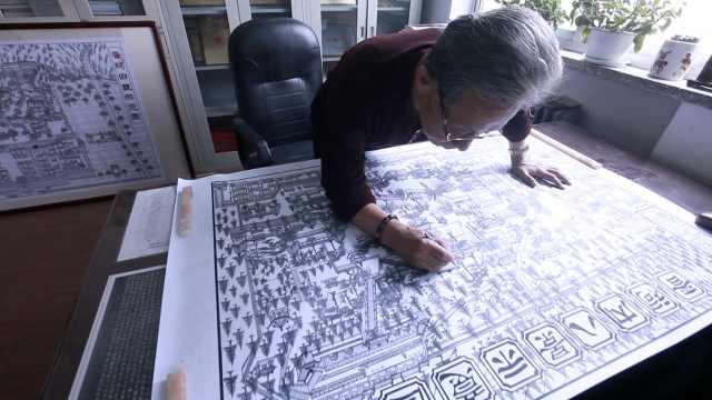 精细!古稀老人手绘古城,一幅耗半年