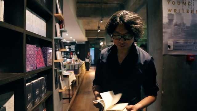 跟着许知远逛书店,新书他推荐这些