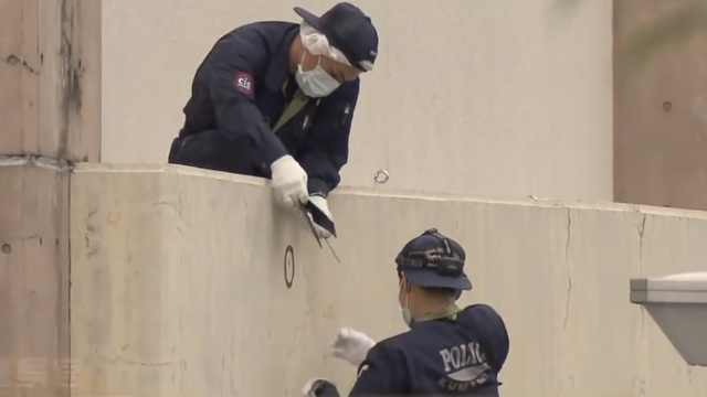日本男子持刀砍人,被警察当街击毙