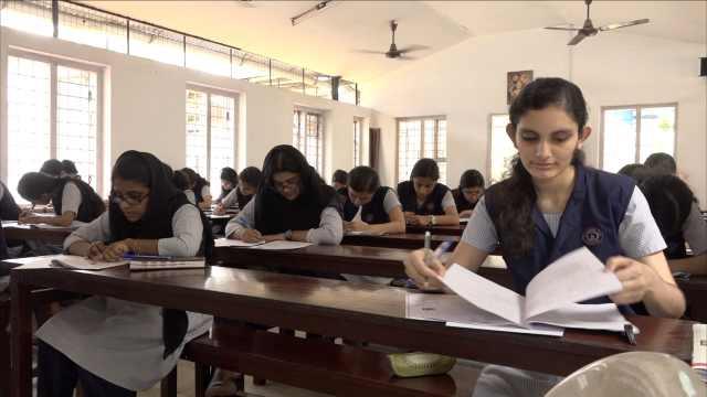 印度高考了解下?没钱培训难进大学