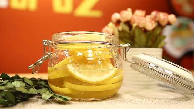 柠檬蜂蜜水,美白又减肥