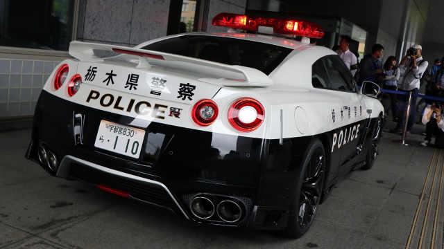日本警察入列了一辆日产GTR巡逻车