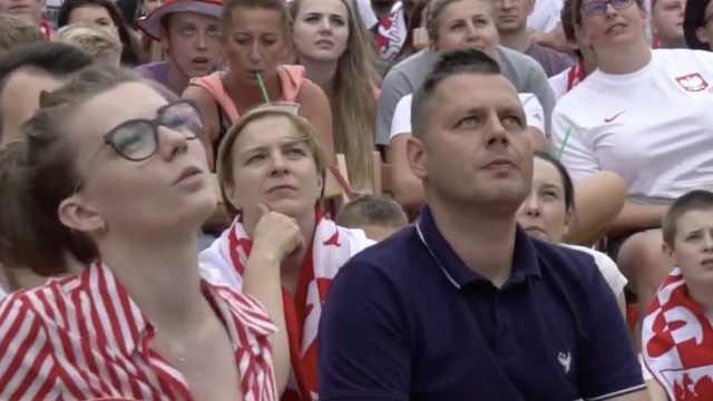波兰球迷失望至极:莱万只是个门面