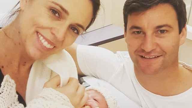 新西兰女总理任期内产婴,休假6周
