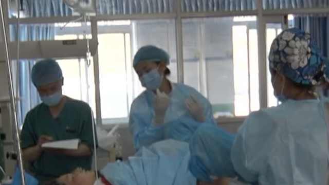 援藏医生助产妇无痛分娩,全县首例