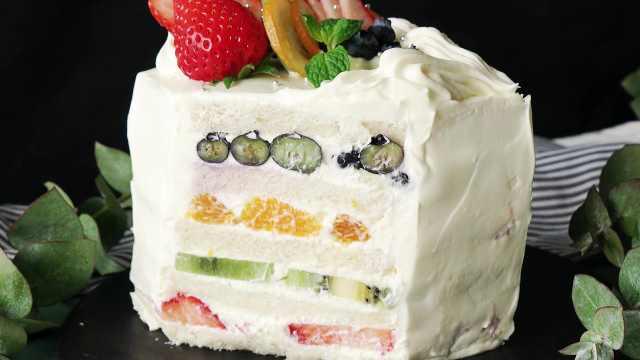 夏日多彩水果三明治做的蛋糕
