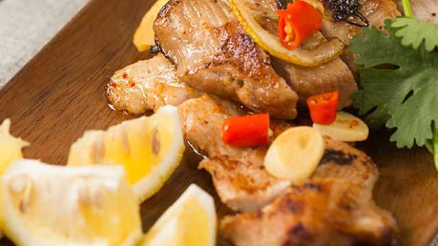 吃肉就吃香料烤猪颈肉