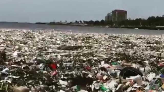 震惊!塑料上岸,度假天堂变垃圾场