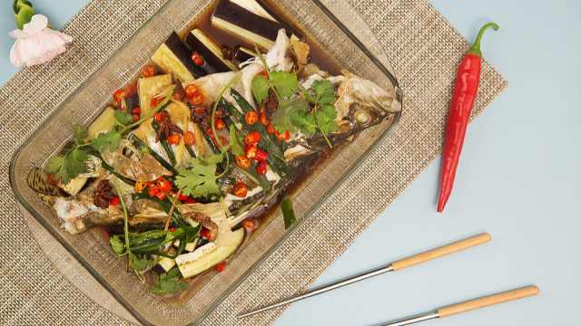 清蒸白水鳜鱼,超棒的夏天美味菜肴