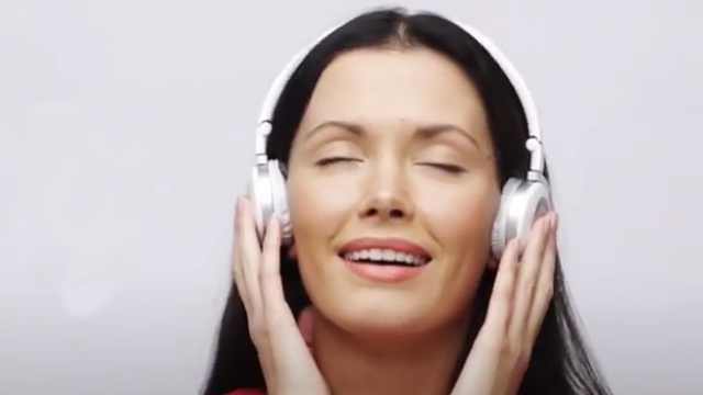 揭秘:我们的耳朵是如何听到声音的