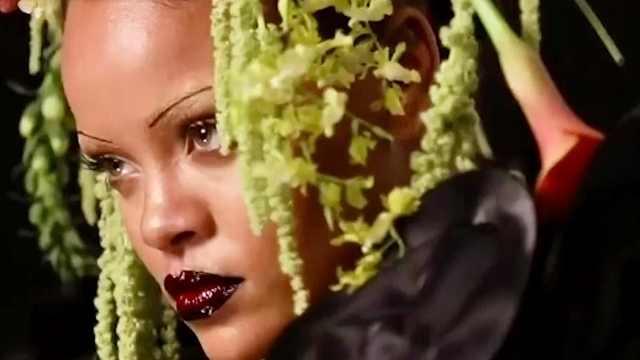 蕾哈娜成首位英VOGUE金刊黑人女星