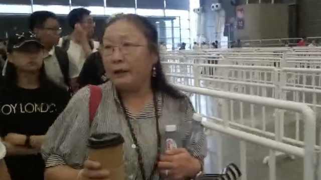 60后老阿姨逛漫展:电竞和奥数一样
