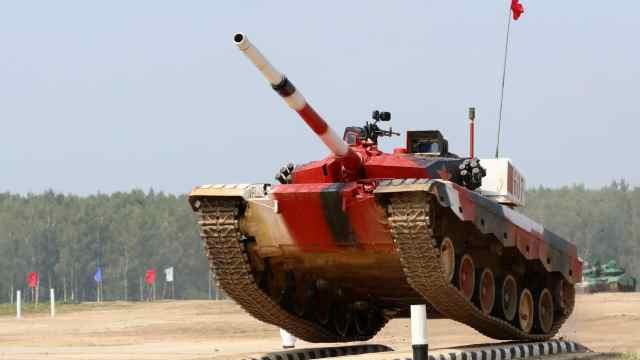 直播:坦克两项决赛!中俄白哈大决战