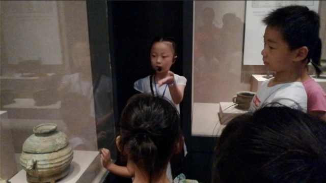 8岁娃博物馆当讲解:花半月背材料