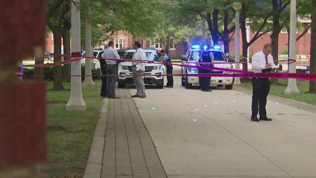 芝加哥再经血腥周末:46人中枪3人死