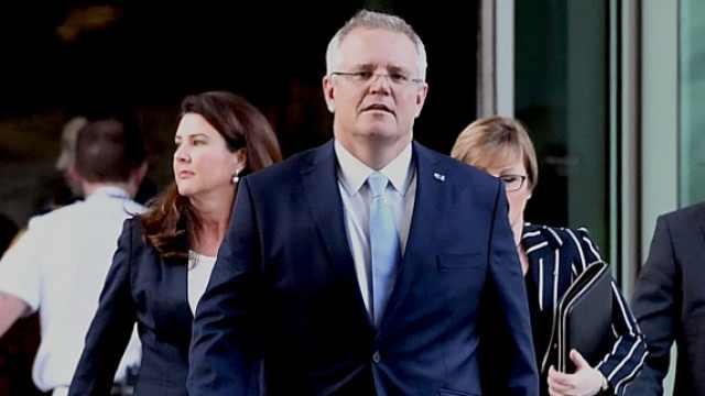 澳大利亚新总理现身,春风满面
