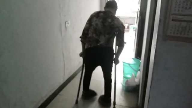 她脚疾30年未出大山:想去北京看看