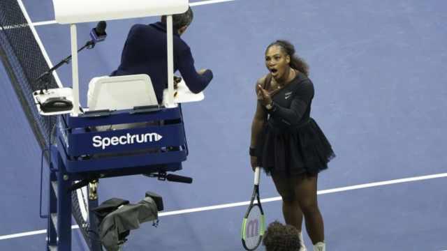 美网女单决赛小威与主裁起冲突被罚