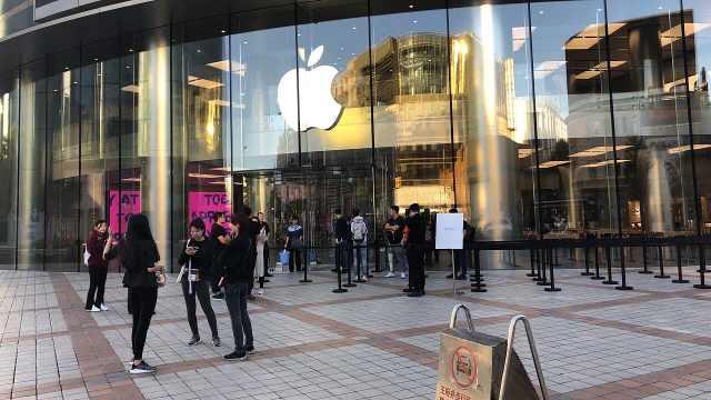 新iPhone发售日,北京上海门可罗雀