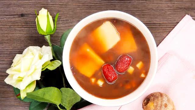 香甜软糯的红豆芋泥年糕汤