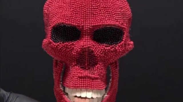 外国网友用火柴制作的骷髅头
