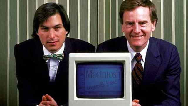 前苹果CEO怼库克:把苹果变奢侈品