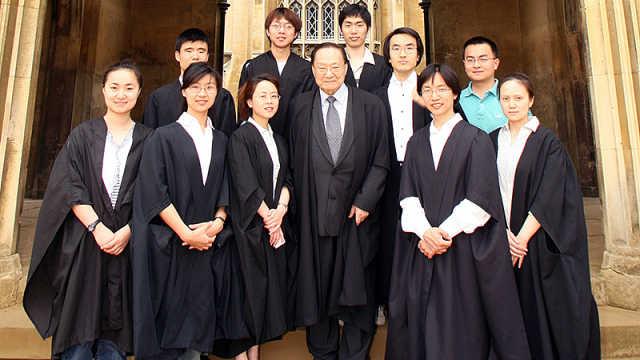 剑桥大学纪念金庸:中国的托尔金