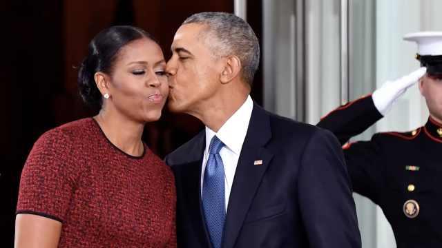奥巴马夫妇身价猛翻?钱都花哪了?
