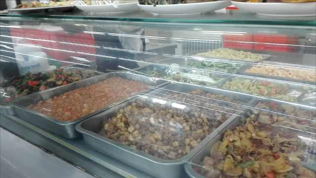 最良心大学食堂;3.5元套餐有荤有素