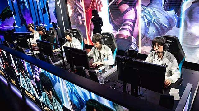 中国电竞,从新玩家到大玩家