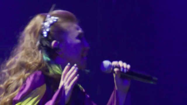 高桥洋子现场演唱《灵魂之轮回》!