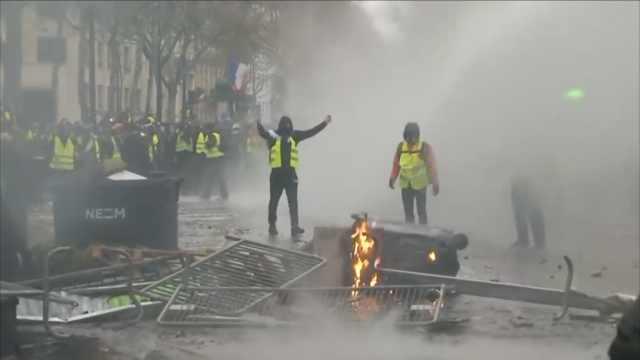愈演愈烈!90秒看懂法国黄马甲抗议