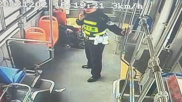 公交司机连闯5红灯有人赞,竟是···
