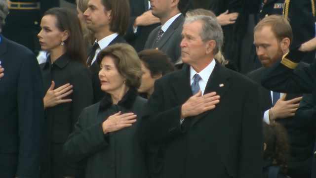 老布什葬礼,姚明受邀出席悼念仪式