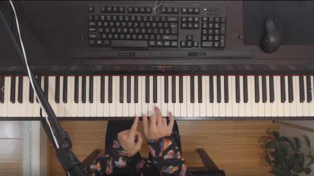 如何根据和弦标记进行即兴伴奏