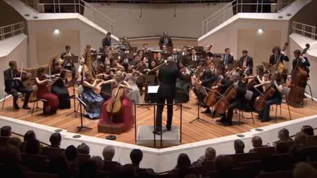 梅吹新高!作曲家创梅西主题音乐会