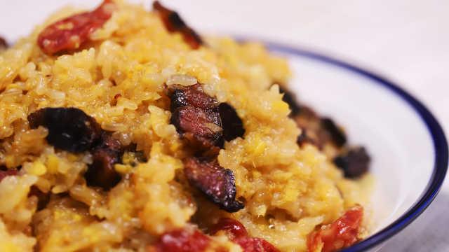 米饭新吃法,腊肉姜饭!