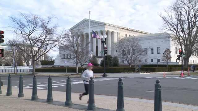 美政府关门,外交官测评眼线笔赚钱
