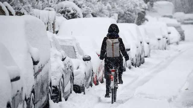 欧洲暴风雪肆虐,已致至少17人遇难