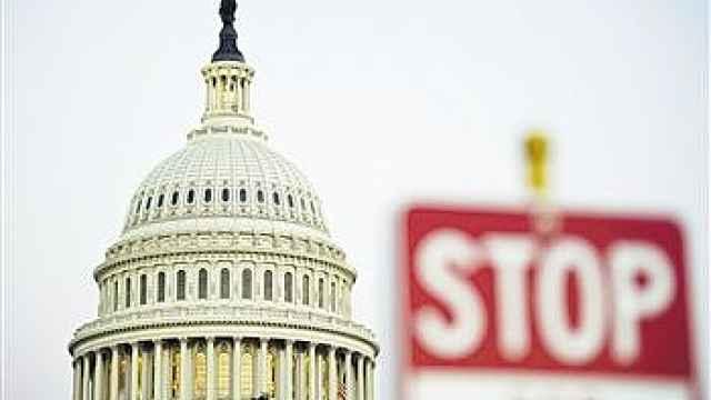 美国务院紧急通告:快回来发工资了